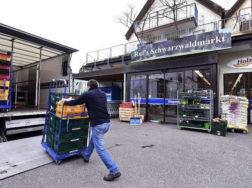 supermarkt in freiburg will sonntagsverkauf einklagen freiburg badische zeitung. Black Bedroom Furniture Sets. Home Design Ideas