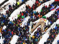 Starker Wind: Zweites Weltcup-Springen steht vor der Absage
