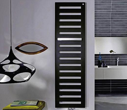 anzeige das traumbad aus einer hand badische. Black Bedroom Furniture Sets. Home Design Ideas