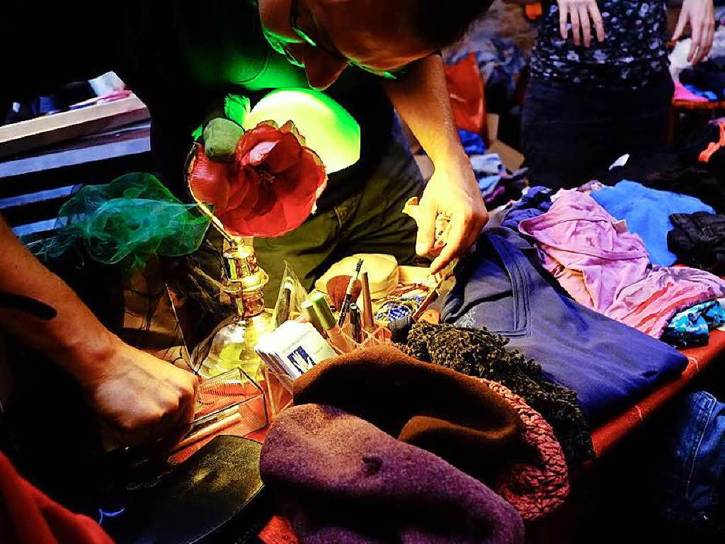 am sonntag ist frollein flohmarkt im jazzhaus freiburg badische zeitung. Black Bedroom Furniture Sets. Home Design Ideas