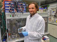 Freiburger Wissenschaftler erzeugen aus Abwasser Strom