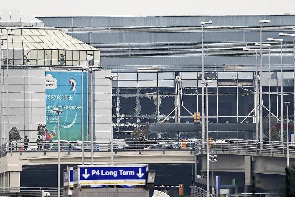 Explosionen am Flughafen (Foto: AFP)