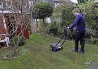 Fr�hjahrskur f�r den Rasen
