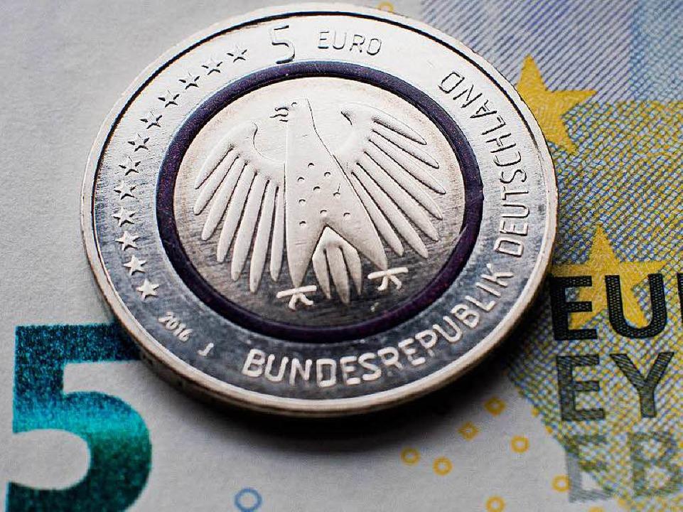 In Freiburg Sind Die Neuen Fünf Euro Münzen Fast Ausverkauft