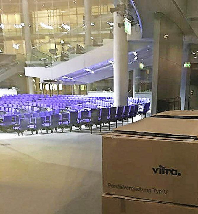 Vitra im Plenarsaal   | Foto: Schuster