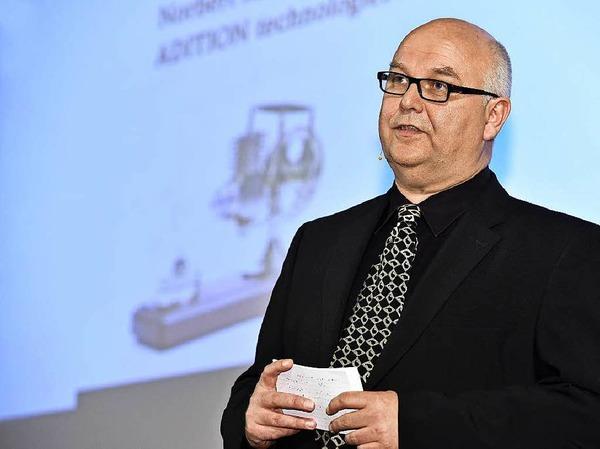 Führte gewohnt souverän durch die Jobmotor-Preisverleihung: Moderator Achim Eickhoff