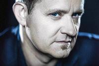 Freiburger Bassist Dieter Ilg erh�lt den Echo Jazz