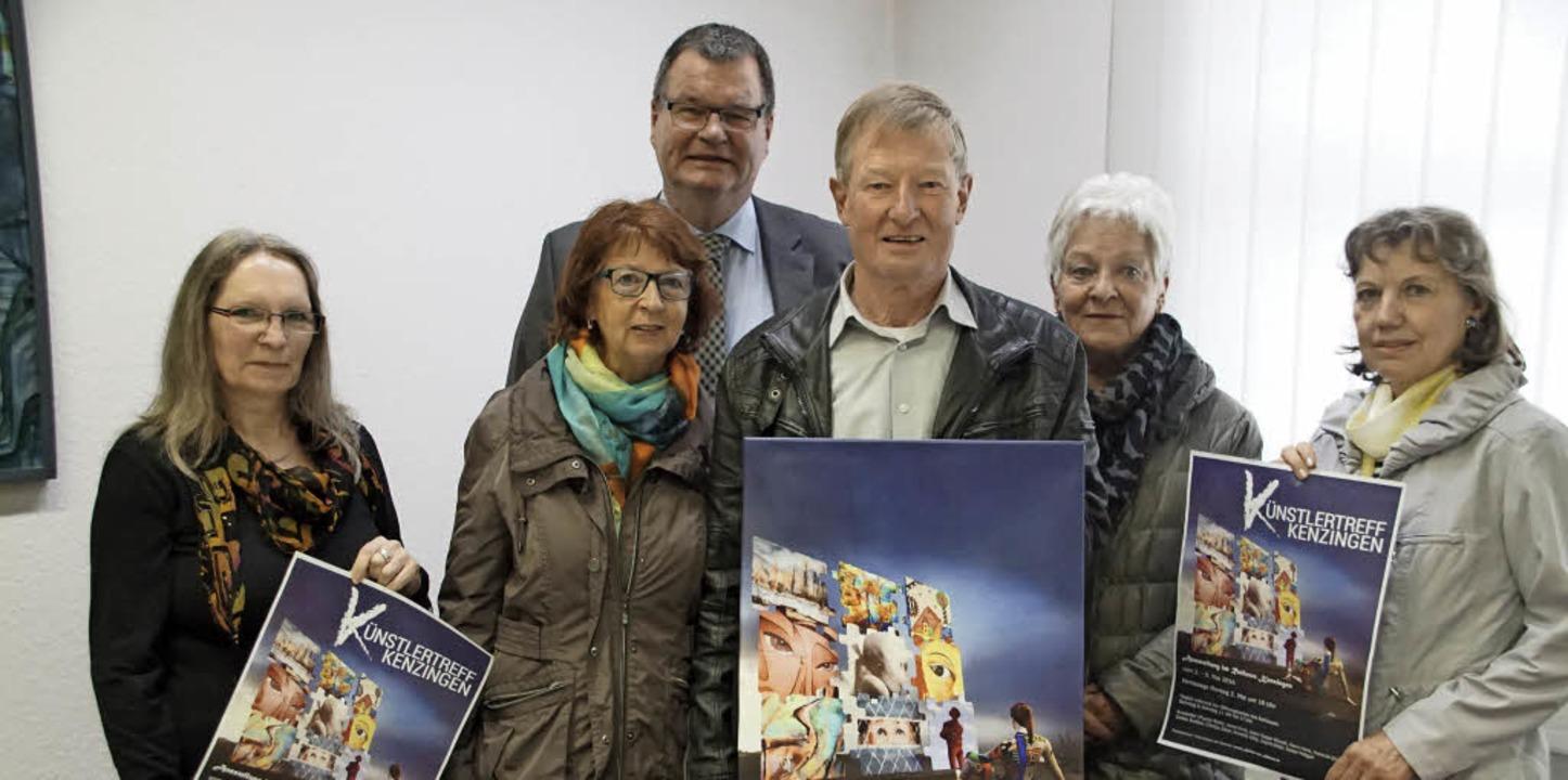 Der Kenzinger Künstlerteff bereitet ei...ngrid Dietz-Schaumburg und Anne Kirch.  | Foto: Ilona Hüge