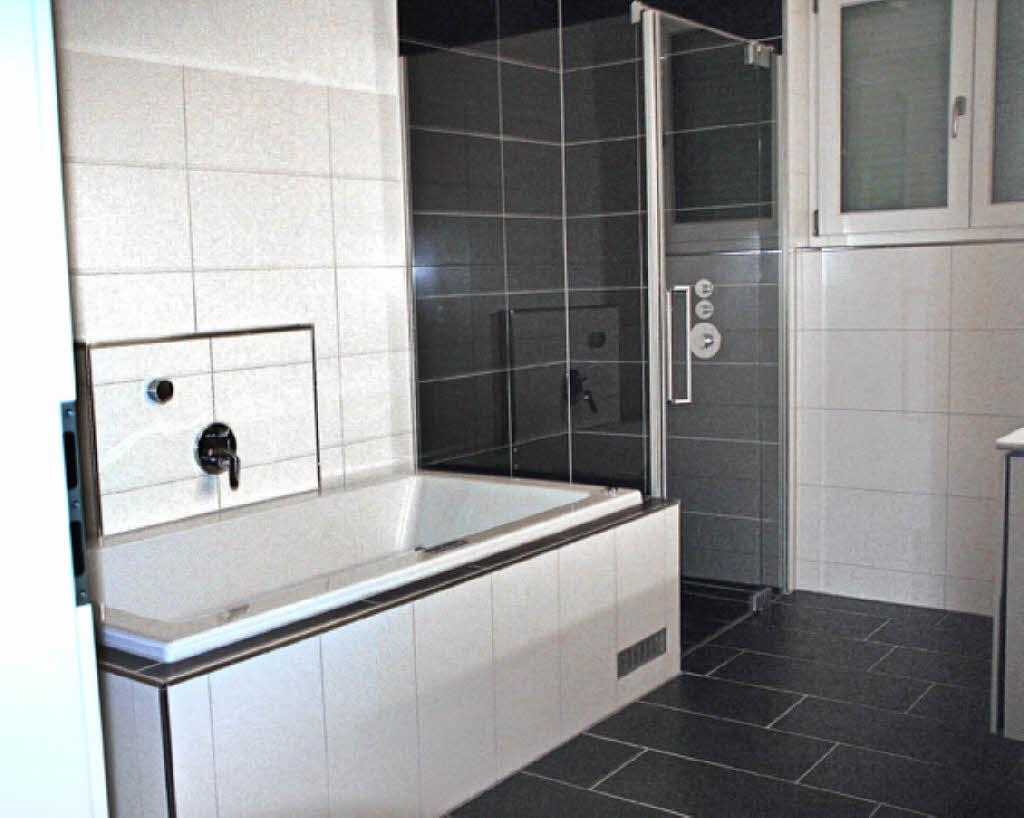 wie viel kostet ein neues badezimmer home design. Black Bedroom Furniture Sets. Home Design Ideas
