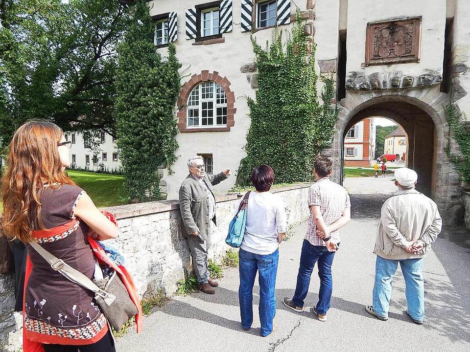 Das Schlossgelände soll weiterhin öffentlich genutzt werden können.  | Foto: Claudia Gempp