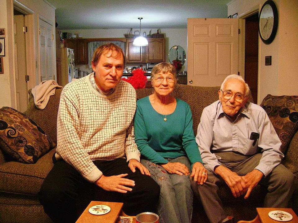 Fred Mayer, seine Lebensgefährtin Ginn... Besuch in West Virginia im Jahr 2009.  | Foto: Wolfram Zimmer