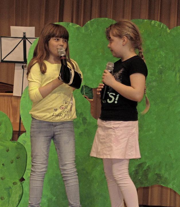 Die Grundschüler aus Strittmatt in ihrem alemannischen Theaterstück  | Foto: Michael Gottstein