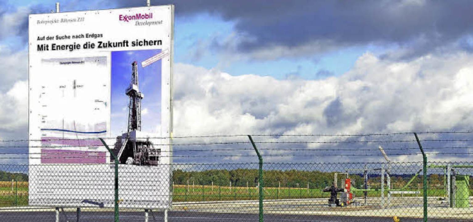 Das Bohrfeld von Exxon-Mobil  bei Rote...den Erkrankungen nichts zu tun haben.   | Foto: dpa/Honnigfort(4)