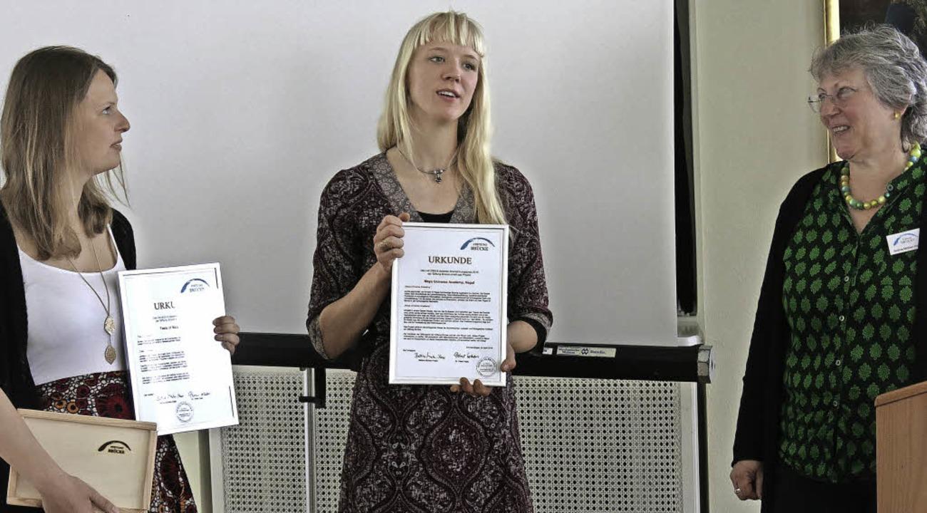 Jana Piske, Miriam Menton-Enderlin wur...n-Haas für ihre Projekte ausgezeichnet  | Foto: Georg Voß