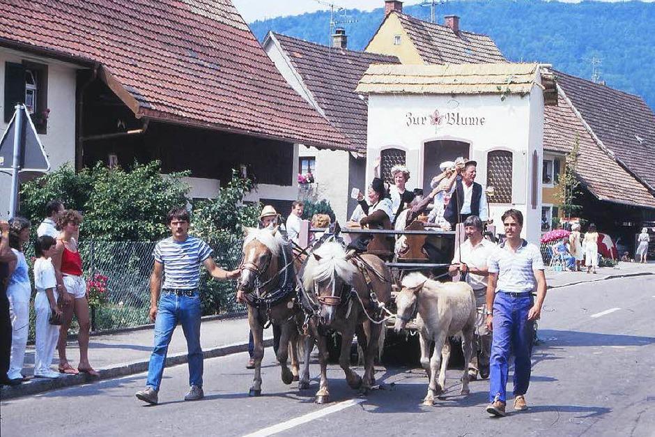 Die Geschichte Maulburgs von der Steinzeit bis in die Gegenwart war Thema des großen Festumzugs im Jahr 1986. (Foto: Schaum)