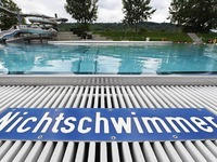 """Bademeister: """"Viele Fl�chtlinge k�nnen nicht schwimmen"""""""
