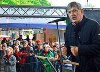 Mehr als 1000 Menschen bei Mai-Kundgebung in Freiburg