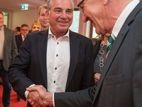 Gr�ne und CDU vereinbaren Koalition - Ressorts verteilt