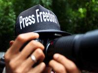 """Medienwissenschaftler: """"Journalisten sind zum Feindbild geworden"""""""