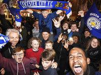Leicester City ist Meister, Fans au�er Rand und Band