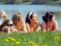 �berschuss: In Freiburg gibt es 10.726 mehr Frauen als M�nner
