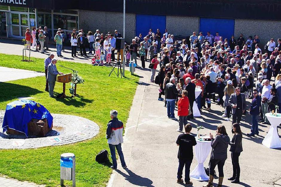 Feierliche Eröffnung des Platzes der Freundschaft. (Foto: Ilona Huege)
