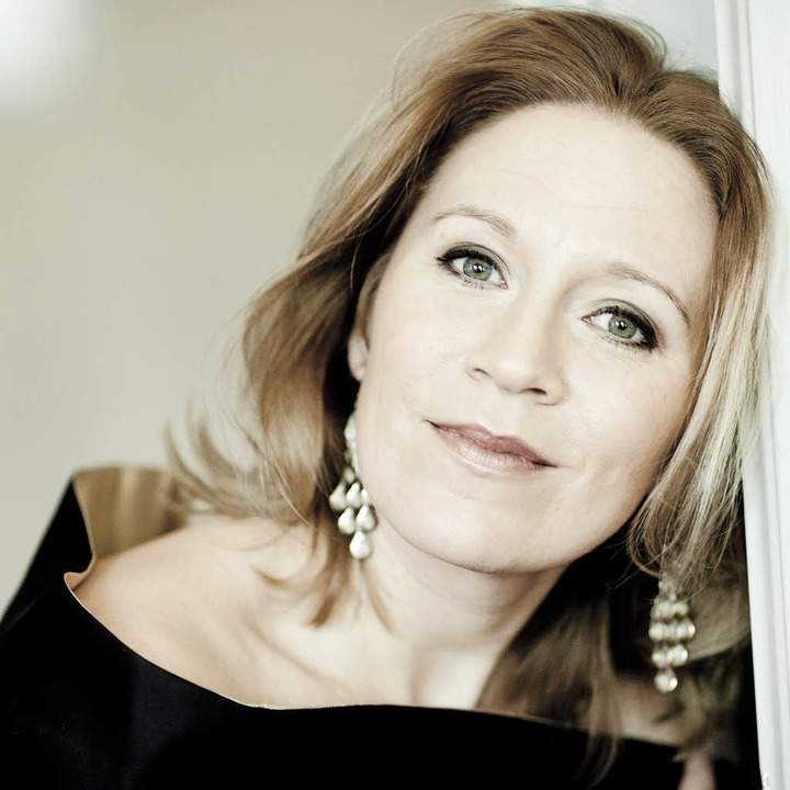 Sang Bach-Kantaten in Freiburg: die Sopranistin Carolyn Sampson  | Foto: Marco Borggreve