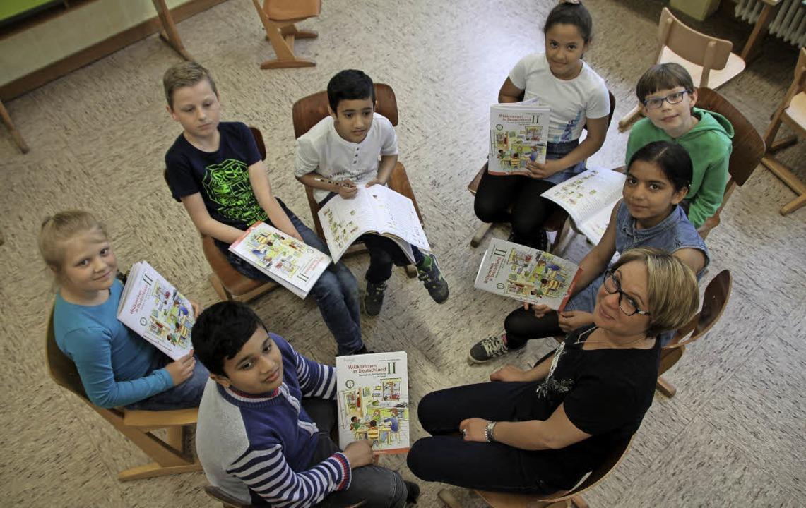 Kinder der Förderklasse für Flüchtling...ich-Kästner-Schule in Donaueschingen.   | Foto: Vollmer