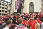 Fotos: Fu�ballfans nehmen Basel beim Europa-League-Finale ein