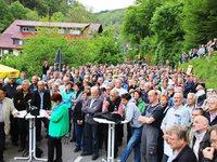 600 Menschen k�mpfen f�r Erhalt der Albtal-Strecke