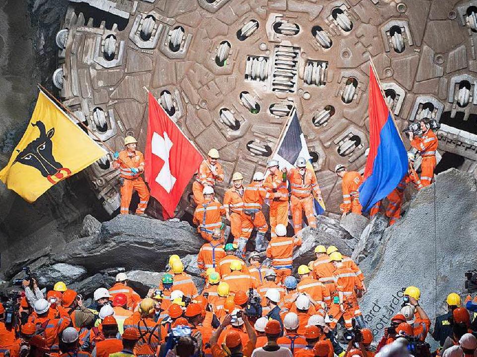 Mit Bravour geschafft: Die Bohrmaschin...-Abweichung lag unter fünf Zentimeter.    Foto: Alp Transit
