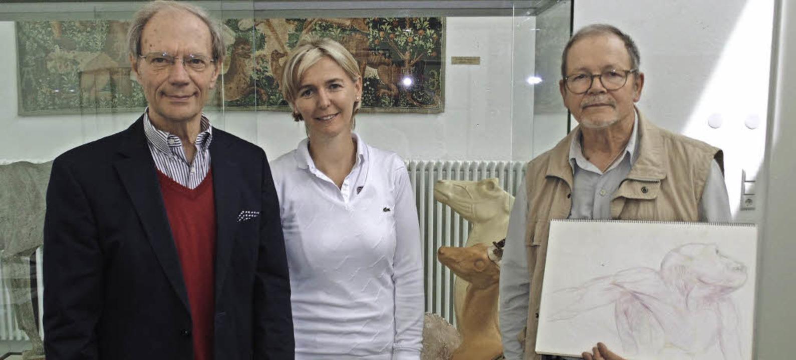 Vor Tiermodellen: Günther Nufer, die G...und Präparator Uwe Goepel (von links)   | Foto: Michael Gottstein