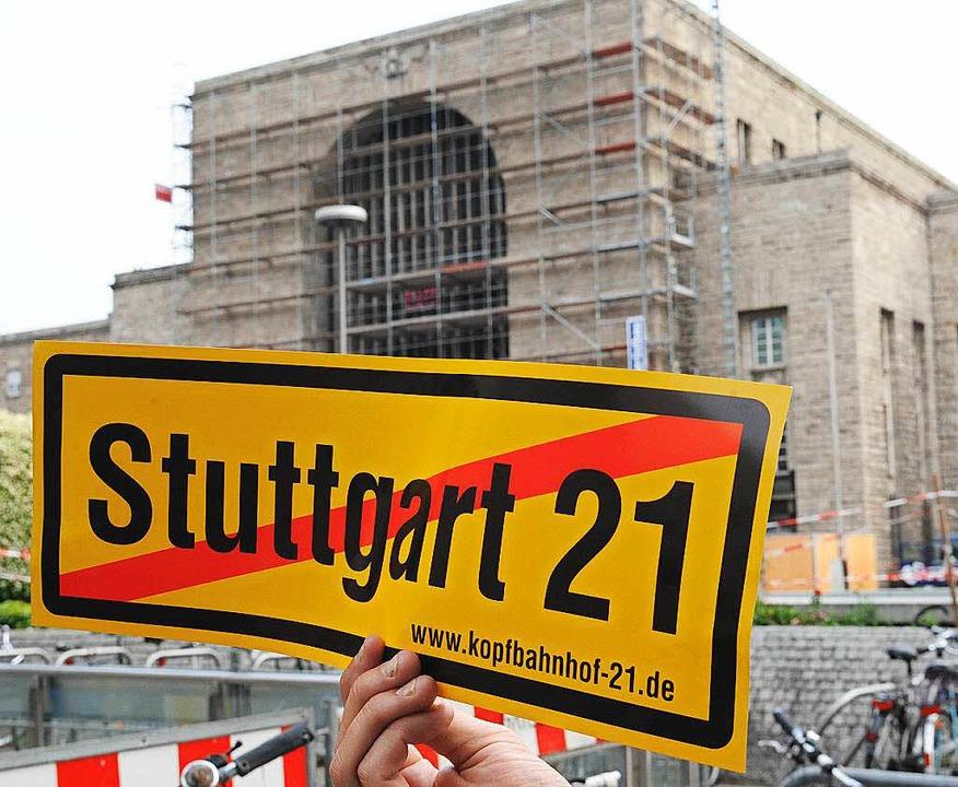 Stuttgart 21 beschäftigt immer noch di... nun das Verwaltungsgericht in Berlin.  | Foto: dpa