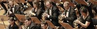 Das Freiburger Blasorchester spielt in einem Kirchenkonzert