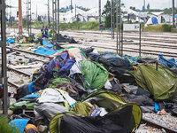 """Fl�chtlingshelfer Lohm�ller: """"Ich habe 8000 Freunde verloren"""""""