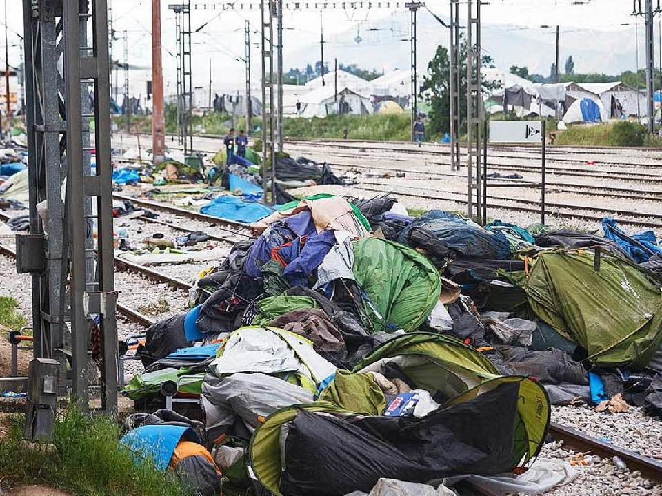 Die Zelte in Idomeni wurden vom Bulldozer plattgemacht.  | Foto: David Lohmueller