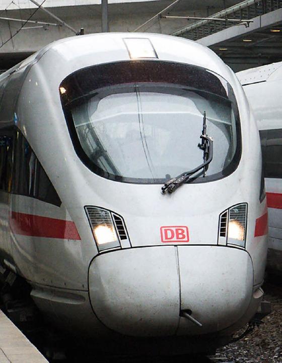 Charakteristische Front: ein Intercity-Express    Foto: dpa