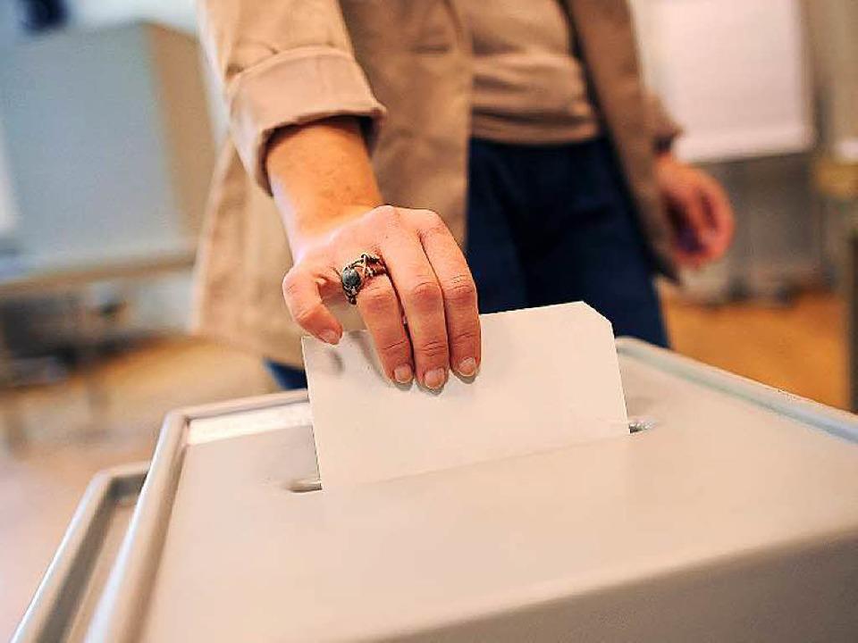 Die Altersgrenze bei der Bundestagswahl bleibt.  | Foto: Jonas Güttler