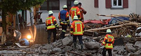 Drei Tote durch zerst�rerische �berschwemmungen