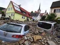 �berschwemmungen fordern mindestens vier Todesopfer