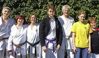 Acht Kappler unter 1112 Karatekas