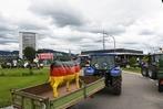 Fotos: W�tende Milchbauern blockieren Offenburger Stadteinfahrt