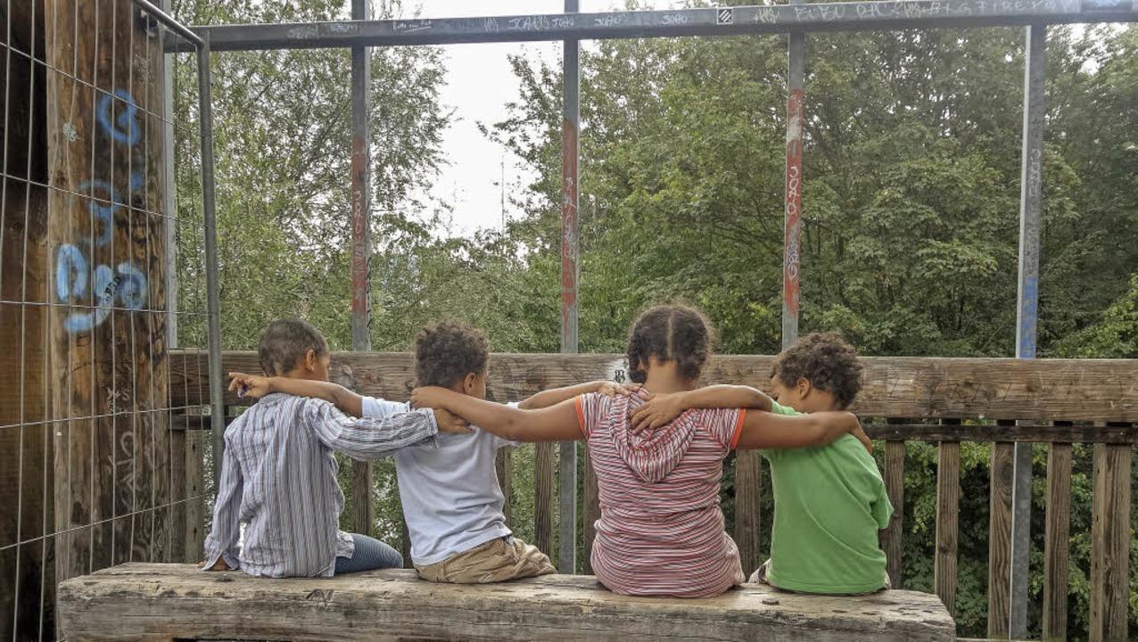 Schwarze Kinder bemerken meist früh, dass sie nicht der Norm entsprechen.  | Foto: Privat