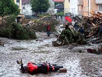 T�dliche Flut - Dramatische Situation nach �berschwemmungen in Simbach