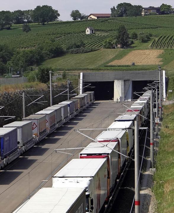 So sähe man es in Istein am liebsten: ...h den Katzenbergtunnel rollen würden.   | Foto: HansDieter Seidt