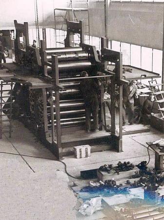 Die Zeitung von Morgen<rot>: </rot>Diese Druckmaschine  wurde in  der Mitte der 80er-Jahre durch eine neue Offsetrotation abgelöst.