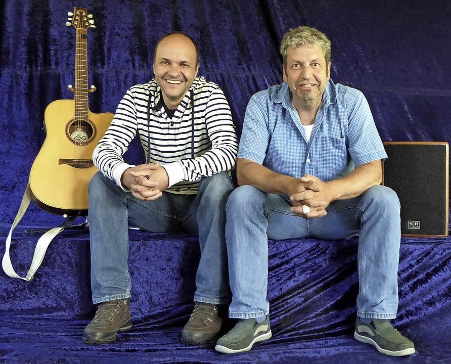 Die Macher der Kleinkunstbühne Bubenba...chwörer (rechts) und Roland Hensler     | Foto: Peter Stellmach