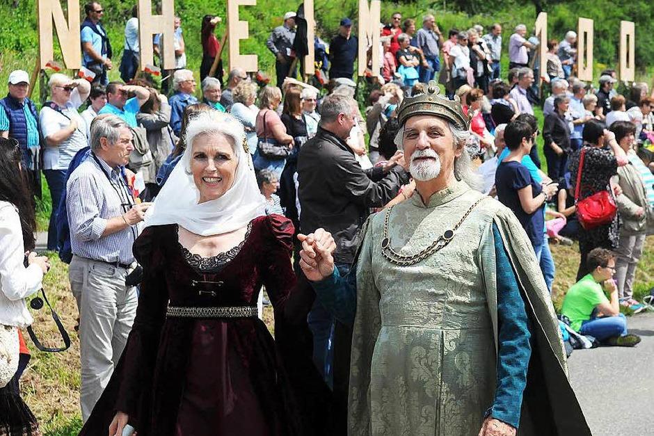 """""""Gestern, heute, morgen"""" lautete das Motto zum Festumzug der 1000-Jahr-Feier von Friesenheim und Heiligenzell. (Foto: WOLFGANG KUENSTLE               )"""