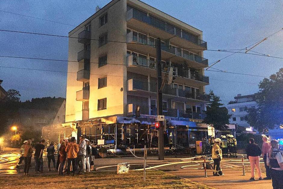 Brand in einem Modellbaugeschäft in Freiburg-Zähringen (Foto: Oliver Huber)