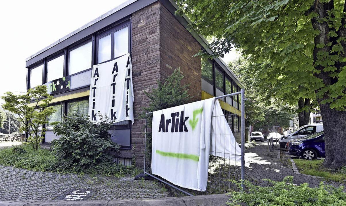 Das Artik-Team selbst sieht seine Zukunft in der früheren ADAC-Filiale.  | Foto: michael bamberger